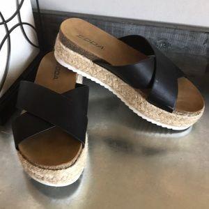 Soda platform espadrille slide sandals